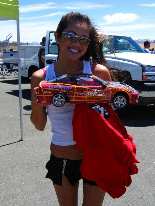 RC-Cars and Girls - fotos van mooie meiden met mooie